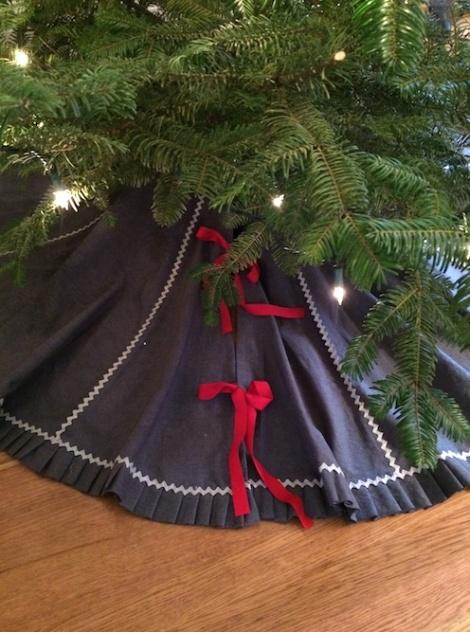 Skirt Bow
